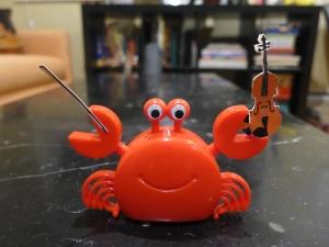 A fiddler crab, tee hee